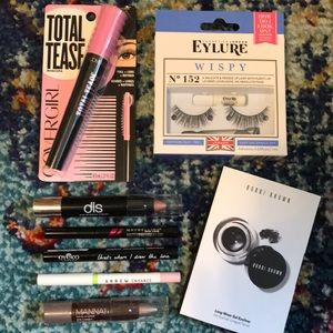 Eye Makeup 8 piece Assortment